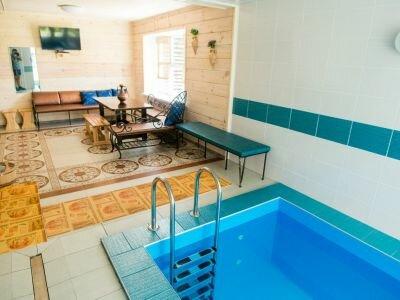 Уютная и вместительная баня